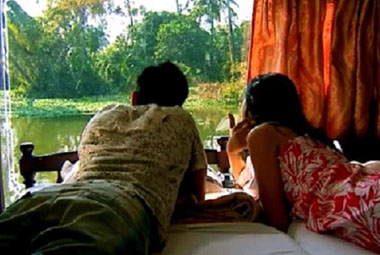 5 NIGHT 6 DAYS KERALA HONEYMOON PACKAGES FOR COUPLES