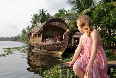 4 NIGHT 5 DAYS KERALA HOLIDAY SPECIAL PACKAGES