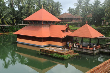 7 NIGHT 8 DAYS KERALA TEMPLE TOUR PACKAGES